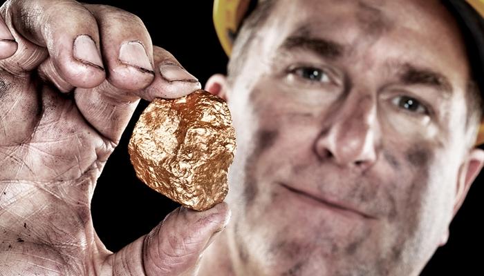 mining-gold-vs-mining-crypto